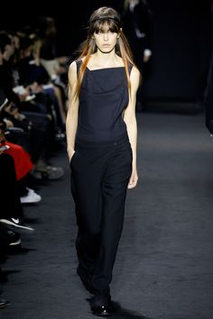 Ann Demeulemeester Fall 2016 Ready-to-Wear Fashion Show - Lorelle Rayner