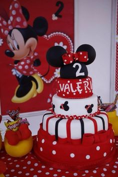 Maritza M's Birthday / Minnie Mouse Polka dots - Photo Gallery at Catch My Party Minnie Mouse Birthday Cakes, Mickey Mouse Baby Shower, Mickey Party, Mickey Mouse Birthday, Minnie Mouse Party, Mouse Parties, Polka Dot Birthday, Baby Girl 1st Birthday, Birthday Nails