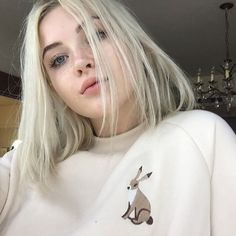 Find images and videos about girl, love and beautiful on We Heart It - the app to get lost in what you love. Mythos Academy, Pretty People, Beautiful People, Perfect People, Tumbrl Girls, Jolie Photo, Aesthetic Girl, Aesthetic Makeup, Pretty Face