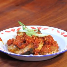 Ikan Balado Feat Nick The Barbership Indonesian Cuisine, Daily Meals, Asian Recipes, Food Videos, Seafood, Spicy, Dinner Recipes, Food And Drink, Menu