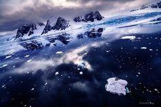 Stunning photos of Antarctica captured by Japanese photographer KAGAYA