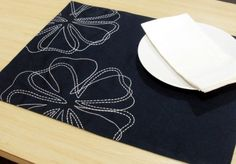 White Magnolia Placemats Linen Placemats set of 4 by KainKain