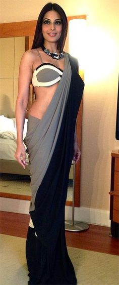 Is that bipasha? What kind of saree is she wearing? saree blouse design designer saree bollywood saree