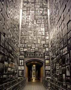Holocaust Museum Photo Gallery 3