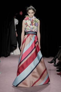 Viktor & Rolf Spring/Summer 2018 Couture Collection