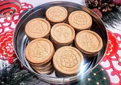Christmas cinnamon biscuit (for cookie stamp) - Dessert Recipes Xmas Cookies, Cake Cookies, Smoothie Fruit, Cinnamon Biscuits, Hungarian Recipes, Xmas Food, Sweet Cakes, Winter Food, No Cook Meals