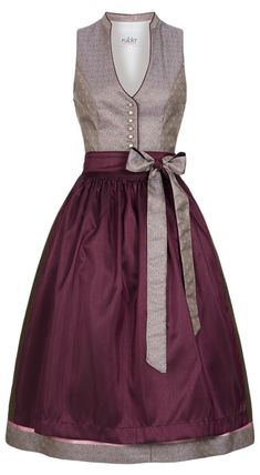 Love this dirndl style, especially the updated neckline. Need some dresses with similar styling for every day! Dirndl midi Kiara in Altrosa von Nübler - Designed in Bavaria Elegant Dresses, Beautiful Dresses, Casual Dresses, Boho Dress, I Dress, African Fashion Dresses, Fashion Outfits, African Traditional Dresses, Dress Patterns