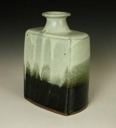 Shoji Hamada bottle - note curves