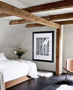 clean rustic contemporary country bedroom with wood beams Architectural Digest, Rustic Contemporary, Modern Rustic, Modern Farmhouse, Farmhouse Style, Contemporary Bedroom, Modern Bedroom, Natural Bedroom, Minimal Bedroom