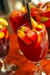 sweet and fruity sangria~can't wait til summer