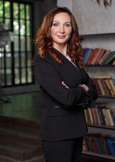 деловое фото женщины Business Desk, Business Branding, Business Headshots, Corporate Headshots, Corporate Portrait, Business Portrait, Resume Photo, Corporate Photography, Photography Business
