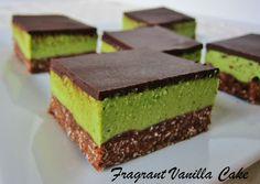 Raw Grasshopper bars (chocolate mint bars)