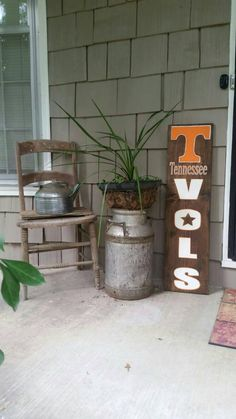 Sports sign//  Tennessee vols// Hand painted // Sports Decor // Welcome signs…