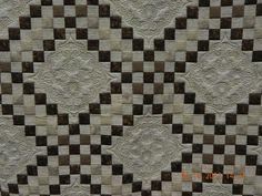 Irish Latte by Gail Eberle. Triple Irish chain pattern. Quilted by Kristi Hawkins. MQS 2012.