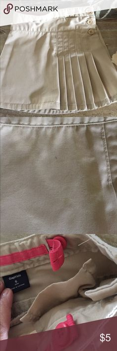 Gap Uniform Skirt Cute and well made!  Adjustable waist. Small mark shown in pic GAP Bottoms Skirts