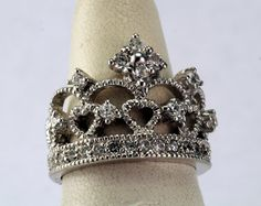 Crown ring,  Sterling Silver Queen's Crown Ring with Faceted CZ