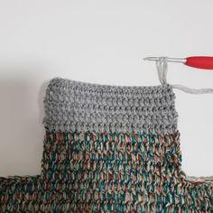 [공유] 코바늘 뜨기로 통통한 사각 파우치 만들기 : 네이버 블로그 Hobby, Crochet Projects, Crochet Top, Diy And Crafts, Sewing, Women, Fashion, Tejidos, Moda