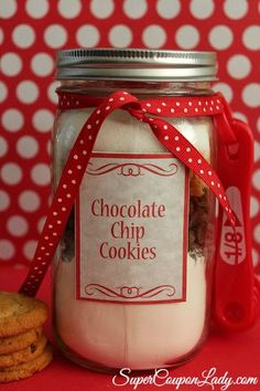 Chocolate Chip Cookie Mix in a Jar Recipe with Printable Labels!