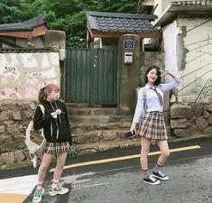 Ulzzang Couple, Ulzzang Girl, Ulzzang Fashion, Korean Fashion, Korean Girl, Asian Girl, Teen Web, Girl Couple, Stunning Girls