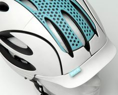 The Aura Commuter Cycle Helmet has an incorporated rear light and detachable wristband indicators. The indicators are automatically activated when the cyclist raises their arm to Cycling Helmet, Bicycle Helmet, Bike, Commuter Cycling, Sports Helmet, Yanko Design, Helmet Design, Headgear, Helmets