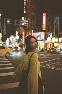 I like the faded tones. Gives a quite retro feel. Film Aesthetic, Aesthetic Photo, Aesthetic Girl, Aesthetic Women, Girl Photography Poses, Night Photography, Street Photography, Photo Post Bad, Photographie Portrait Inspiration