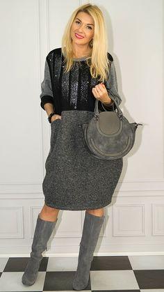 Photo Sessions, Saddle Bags, Chloe, Fashion, Tunic, Moda, Fashion Styles, Fashion Illustrations