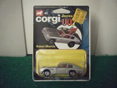 """Corgi Junior No: 40 """"James Bond Aston Martin DB5"""" - Silver (Original 1970's)"""