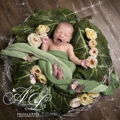 yawning newborn baby photography West London