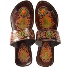 Fantastic Walnut Henna Paduka Sandals.  I love the pattern.