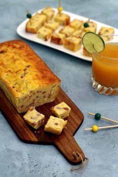 Cake salé fr blanc, oignons et lardons