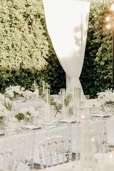 La Tavola Fine Linen Rental: Tuscany White with Dupionique Pewter Napkins | Photography: Katherine Ann Rose Photography, Planning & Design: The Lynden Lane Co, Florals: Paul Fenner Floral Design, Venue: Parker Palm Springs, Lighting: Amber Event Production, Rentals: Hire Elegance