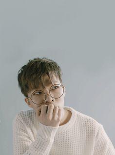 ˗ˏˋu go girlˎˊ˗ Gif Kpop, Akdong Musician, Sister Act, Kpop Guys, Korean Music, Yg Entertainment, Crushes, Gifs, Actors