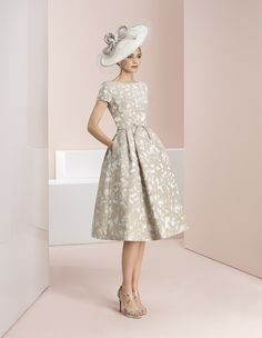 Rosa Clara mother of the bride and groom outfits and dresses - Fab Frocks Mother Of The Bride Fashion, Mother Of Bride Outfits, Mothers Dresses, Occasion Wear Dresses, Special Occasion Dresses, Groom Outfit, Groom Dress, Formal Dresses, Wedding Dresses