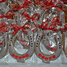 Horse shoe cookies