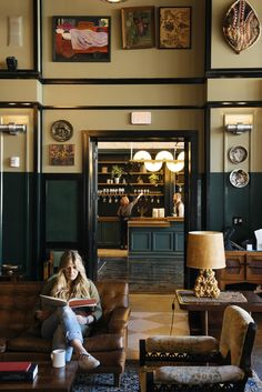 View deals for Ace Hotel New Orleans. Guests enjoy the dining options. WiFi is free, and this hotel also features 3 restaurants and an outdoor pool. Ace Hotel, Hotel Lobby, Sport Bar Design, Pub Design, Cafe Restaurant, Restaurant Design, Restaurant Interiors, Art Deco, New Orleans