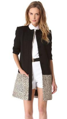 this coat though Iranian Women Fashion, Womens Fashion, Hijab Fashion, Fashion Dresses, Coats For Women, Clothes For Women, Vetement Fashion, Autumn Winter Fashion, Dress To Impress