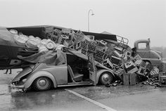 Accident between Breda and Tilburg (The Netherlands) on March 7th 1966. The female driver was shaken but not hurt.