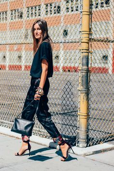 September 14, 2015 Tags Giorgia Tordini, Women, Florals, High Heels, Bags, T Shirts, New York, Dries Van Noten, SS16 Women's, Céline