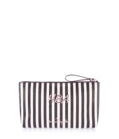 <p>Keep all your beauty essentially perfectly organized and safe within the Henri Bendel Graffiti Girls Large T Gusset. Crafted with a durable coated canvas and featuring an iconic Izak illustration, this ample storage piece is fun and functional.</p>