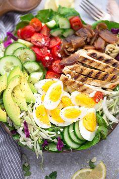 Low carb chicken cobb salad - life made keto easy salad recipes, easy s Easy Salads, Healthy Salad Recipes, Keto Recipes, Drink Recipes, Keto Taco Salad, Keto Chicken Salad, Grilled Chicken, Chicken Recipes, Crockpot