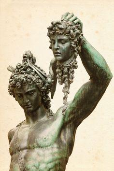 Perseus and Medusa by Benvenuto Cellini, 1554 In Greek mythology, Medusa was a Gorgon. Greek Gods And Goddesses, Greek And Roman Mythology, Perseus Und Medusa, Medusa Gorgon, Greek Statues, Buddha Statues, Roman Gods, Roman Sculpture, Ancient History
