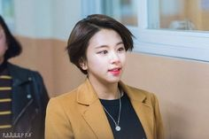 17.02.10 Hanlim Art School Graduation #트와이스 #TWICE #CHAEYOUNG #채영 #SONCHAEYOUNG #손채영 #원스 #ONCE