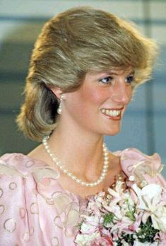 dianaspot:  Princess Diana wears pink evening gown by Catherine Walker. April 14, 1983 Melbourne, Victoria, Australia.