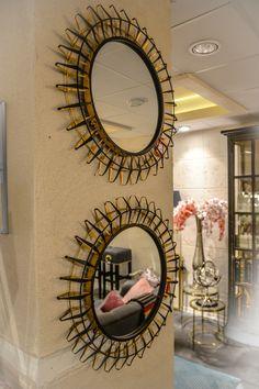 Spegel spegel på väggen där... En kombo av vår spegel Ray.    #benington #home #design #homedesign #homedecor #inredning #deco #decor #exclusive #diy #dekorering #homefashion #interior #interiör #inredning #interior4all #interior123 #instagood #style #detaljer #instahome #homestyling #room #bord #table #brass #mirrors #glas #black #sun