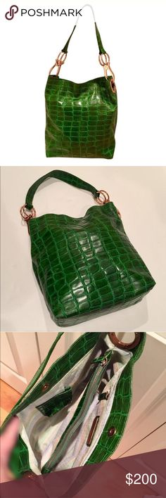 *️⃣ Tess Shoulder Bag Green leather bag with reptile pattern and stunning rose gold hardware. Magnetic closure. 2 large interior sections partitioned by a full size zippered section. Also has another interior zip and a slip pocket that fits an iPhone 6. Fits way more than you would think! Pristine condition. Tess Loriani Milano Bags Shoulder Bags