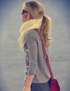 polka dot sweater and infinity scarf And I love her pony tail! Wish mine looked that cute..