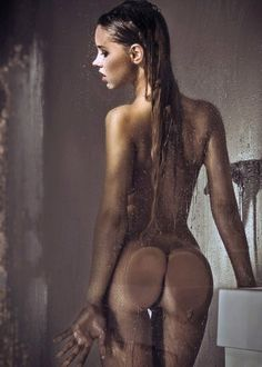 Sexy pics in the shower