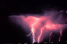 How to Avoid Being Hit By Lightning : Discovery News