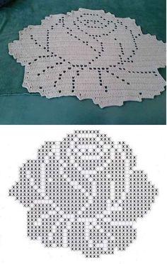 Filet Crochet, Filet Patterns - Knit & Crochet and So Much Filet Crochet Charts, Crochet Cross, Crochet Diagram, Crochet Home, Thread Crochet, Crochet Stitches, Irish Crochet, Crochet Carpet, Tunisian Crochet
