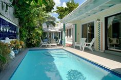 "Key West Rentals - 4BR 3.5BA - Sleeps 10 Heated Pool Expansive Roof-Top Deck Steps from Upper Duval Street ""In-the-know"" travelers who return to Key West love to choose the more elegant area of Upper Duval St. as their favorite area to stay ... ""Amelia's Hideaway."""